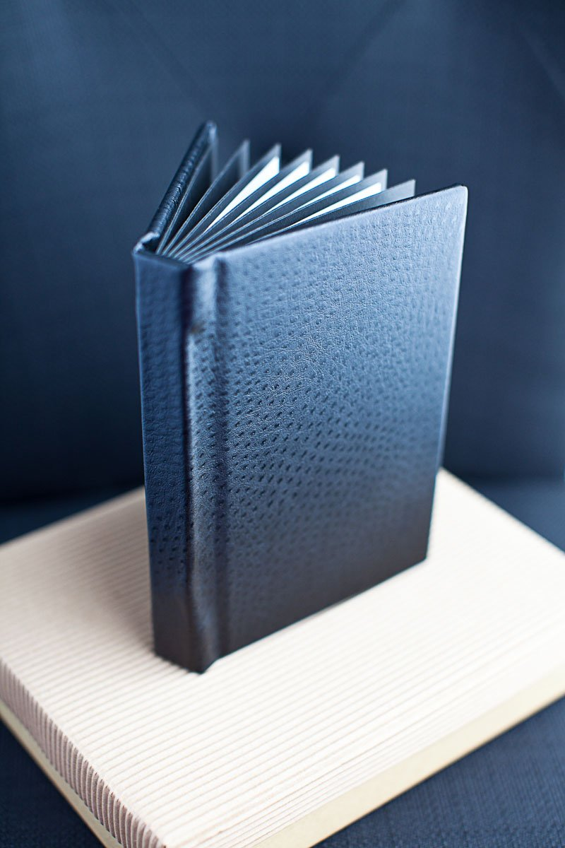little black books for boudoir