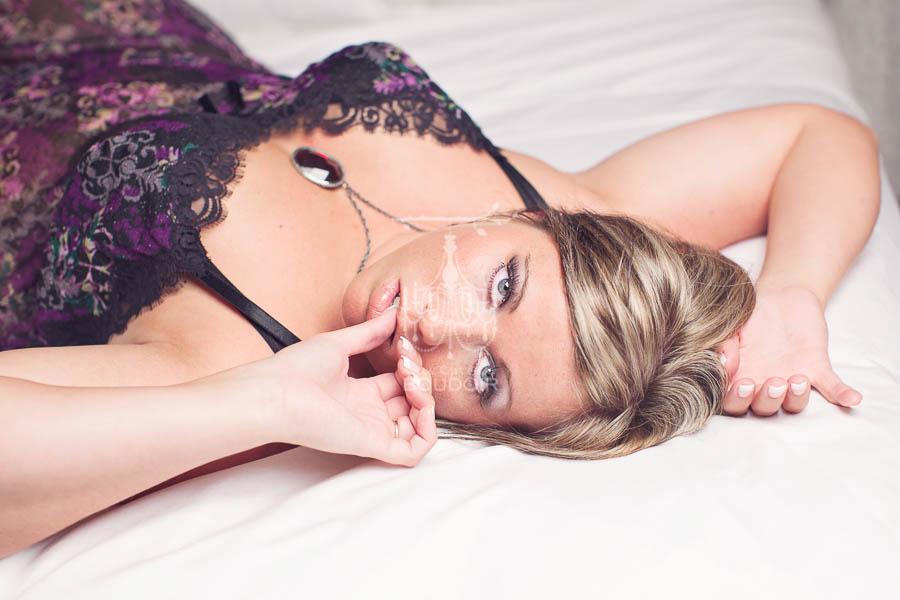 plus size boudoir session sexy curves