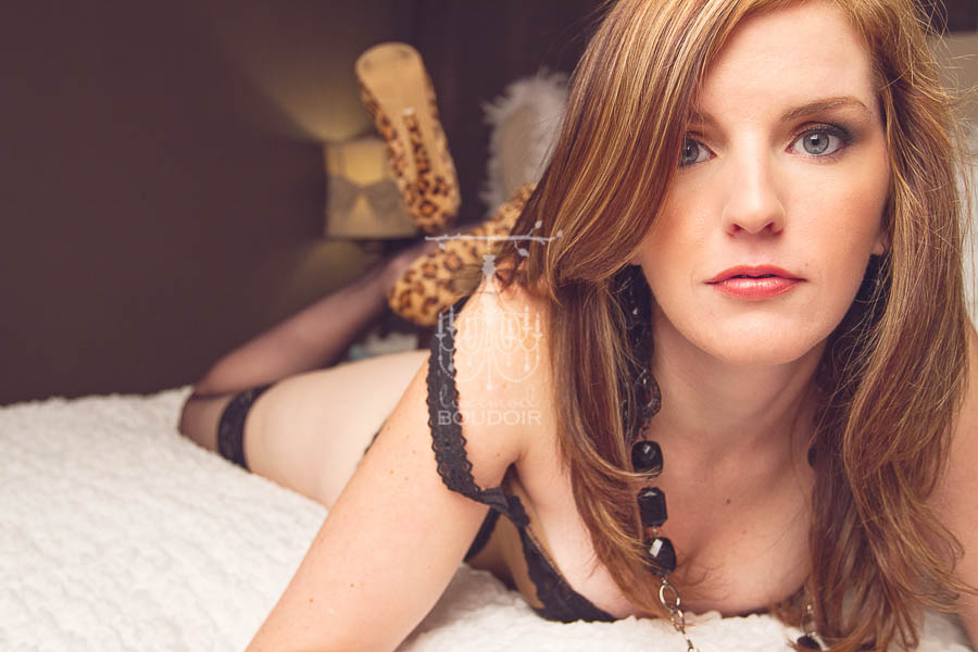 red hair and heels boudoir picture