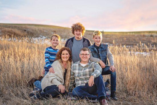 mountain sunset lifestyle family photo session Erie, CO